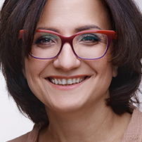 MMag.a Julia I. Skip-Schrötter